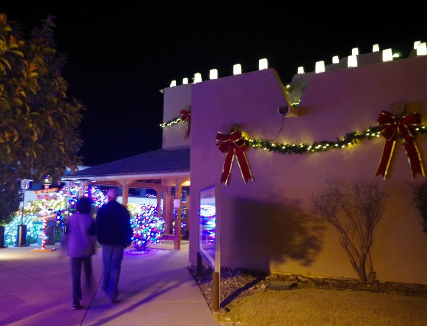 verde-canyon-christmas_walking-towards-depot-e1565379532152
